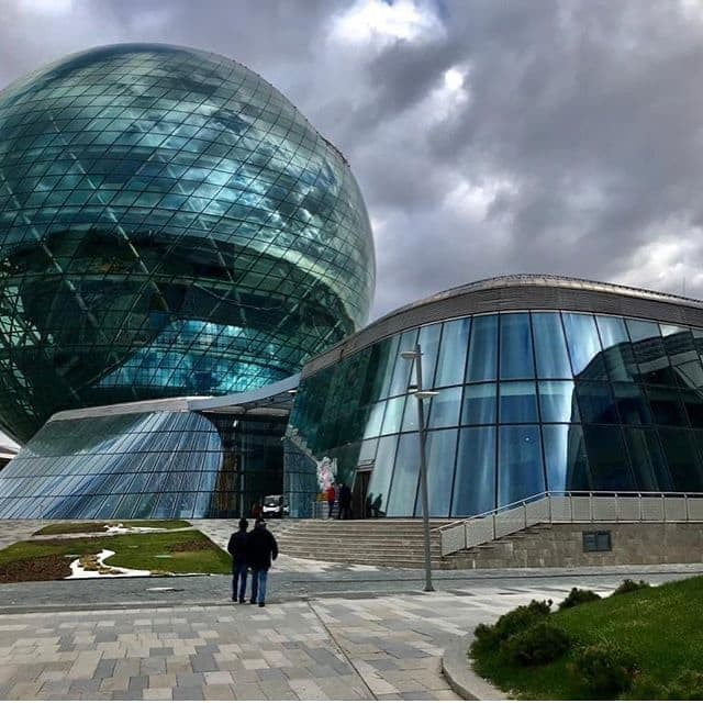 The first school driven by 01 Edu System pedagogical platform opened last October in Nur Sultan, Kazakhstan